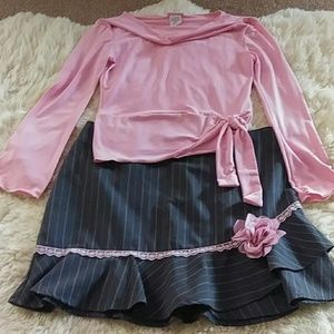 TOP with mach Skirt